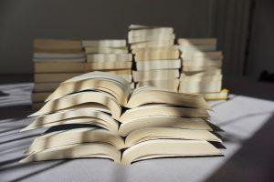 Kenali Macam Ukuran Buku dan Penggunaannya