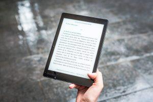Inilah Manfaat E-Book, Alternatif Buku Cetak