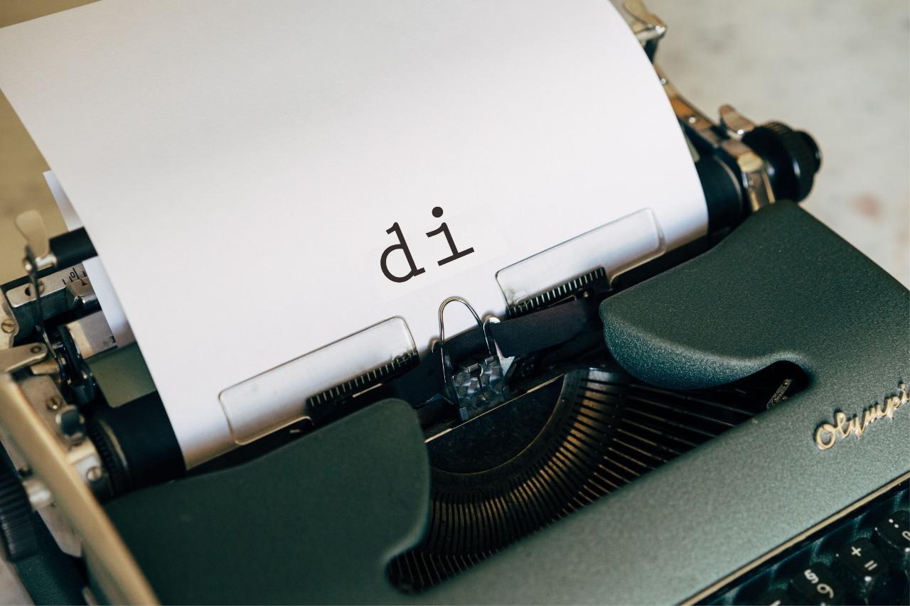 """Penggunaan dan Cara Penulisan Kata """"Di"""""""